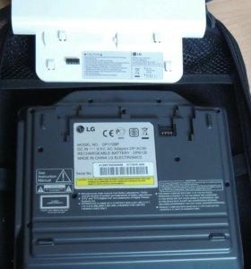Портативный DVD плеер LG DP172BP