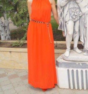 Платье б/у в идеальном состоянии