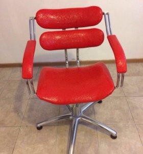 Кресло на гидравлике новое 3 шт есть