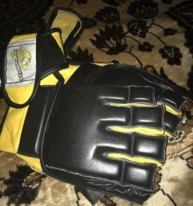 Перчатки для микс файта