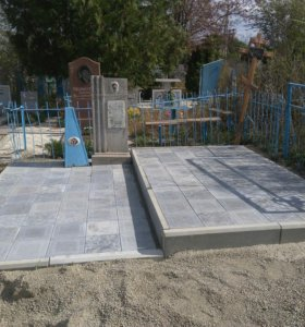 Рабрты на кладбище