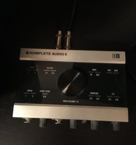Native Instruments Komplete Audio 6 USB аудиокарта