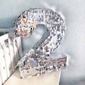 "Объёмная цифра ""2"""