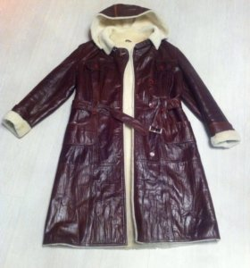 Пальто кожаное на овчине