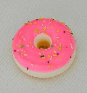 Брелок пончик,при нажатии восстанавливает форму