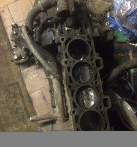 Блок двигателя коленвал поддон коробка