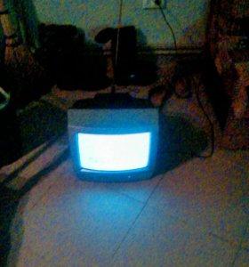 Телевизор jvc 37 см.