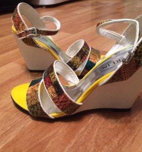Новые Сандали , туфли