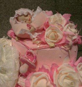 Торт из памперсов, пледа, полотенец