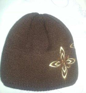 Новая женская коричневая шапка.