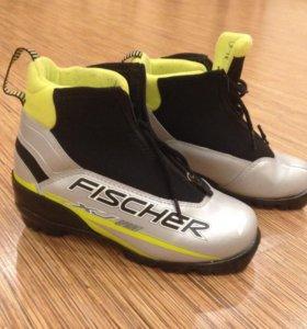 Лыжные ботинки Fischer 35 размер