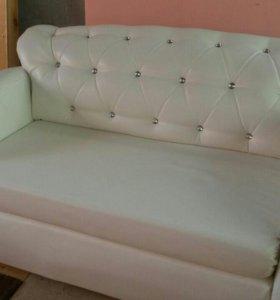 Перетяжка и ремонт мягкой мебели.
