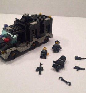 Лего полицейская машина