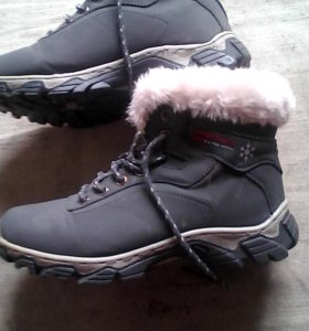 Зимние кросовки