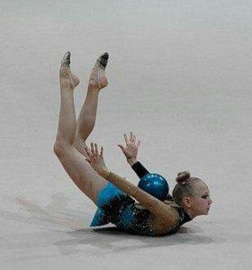 Продается купальник для худ. гимнастики