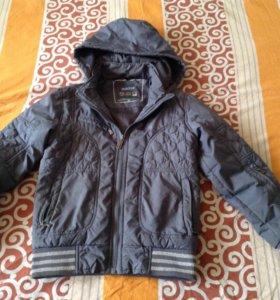 Куртка-ветровка на мальчика или девочку