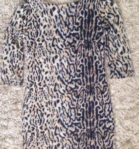 Платье теплое, стильное