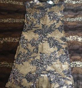 Платье очень красивое !!