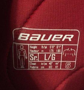 защита для хоккея.