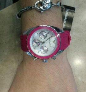 Armani часы наручные