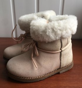 Зимние сапожки Zara