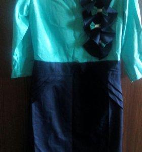 Новое красивое платье р.42