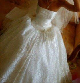 Свадебное платье находится в Калининграде
