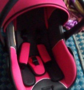 Детское кресло + кресло для переноса малыша