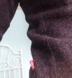 Шерстяной свитер Levi's