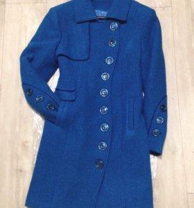 Новое шерстяное зимнее пальто