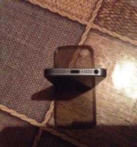 Продаю iPhone 5 на 32 гига.