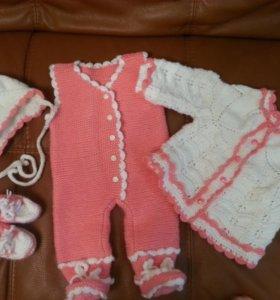 Одежда для детей, комбинезон, кофта, шапка, кеды
