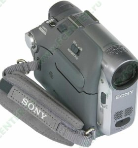 Видео камера Sony Handycam HCR-HC22E