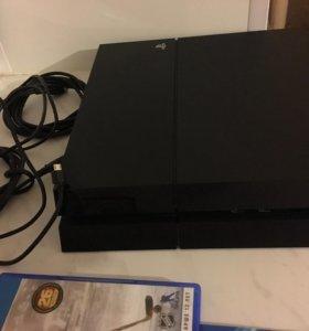 PS4 с джойстиками и играми