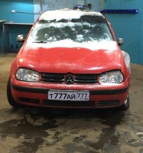 Разбираю Volkswagen Golf 4  1.6 МКПП (AKL)