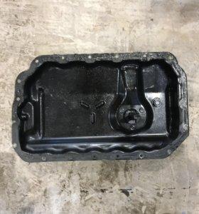 Поддон коленвала на Audi A6 C6 масленный поддон