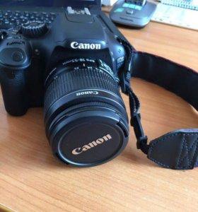Зеркальный фотоаппарат CanonEOS550D