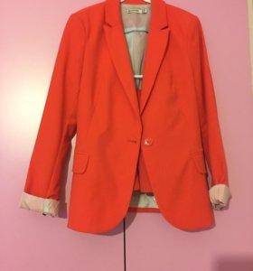 Костюм пиджак с юбкой XS
