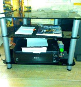Стеклянный стол для ТВ и аудио