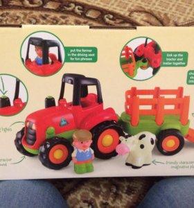 Новый трактор Elc и мольберт