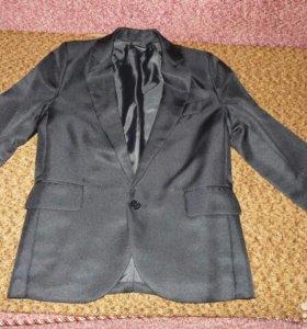 Пиджак мужской чёрный новый)