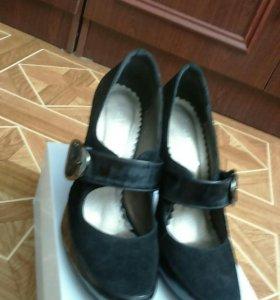Туфли женские 37 размер