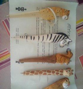 Ручки изнатурального африканского дерево ..ручная