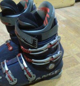 Горнолыжные ботинки Lange 44р