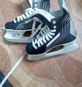 Коньки хоккейные  39 р
