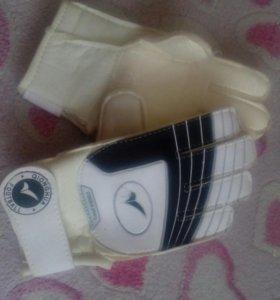Перчатки для спорта детские.