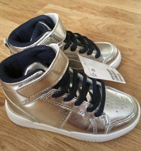 Новые детские кроссовки H&M 26размер