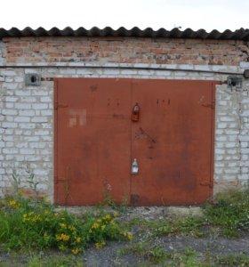 Продам кирпичный гараж 21м2 (г.Заводоуковск)