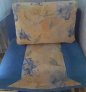 Продам две кресло-кровати