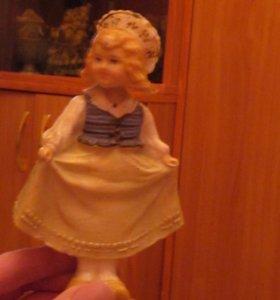 Качающаяся куколка.